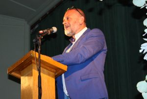 tim-flannery-addresssing-audience