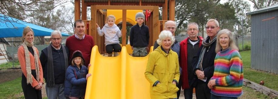 community groups go solar